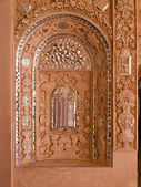 Closeup of white stucco and mirror decoration in Kashan, Iran — Stock Photo