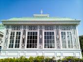 Glasshouse in Neo-Classical Style — Stock Photo