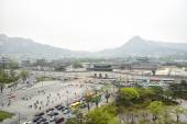 SEOUL, KOREA - April 12, 2014: View of Gyeongbock palace and Gwa — Stock Photo