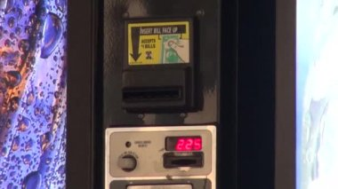 Vending Machine, Coin Operated, Cash — Video Stock