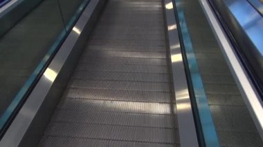 Escalators, Walking Platforms — Stock Video