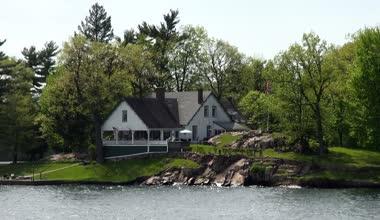 Lago casas, casas de verão, shorefronts — Vídeo stock
