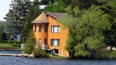Lake Houses, Summer Homes, Shorefronts — Video Stock