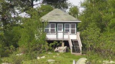 Lake Houses, Summer Homes, Shorefronts — Stock Video