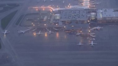 Airports, Planes, Airplanes, Terminals — Stock Video