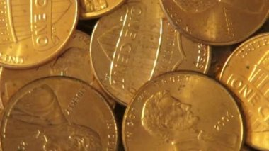 Pennies, mynt, pengar, valuta — Stockvideo