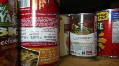 Canned Food, Junk Food, Preservatives — Stock Video