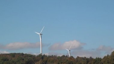 Windmill, Clean Energy from Wind Power Farm, Electricity — Stock Video