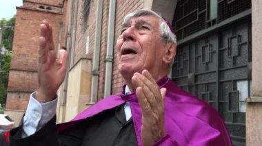 Priest in Agony — Vídeo de stock