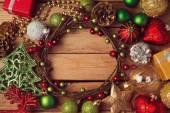 Christmas wreath and decorations — Stock Photo