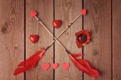Heart shape chocolate and arrows — Stockfoto