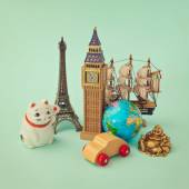 Souvenirs form around the world — Stock Photo