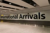 Inside Heathrow Airport Terminal 5 Arrivals in London, England — Stock Photo