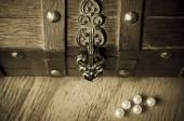 Treasure Chest and Pearls — Stock Photo