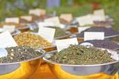 Different tea leaves — Stock Photo