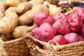Batatas cruas frescas — Foto Stock