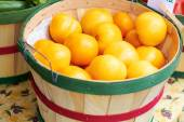 Yellow Tomatoes For Sale — Stock Photo
