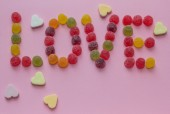 Word love spelled with candy — Foto de Stock