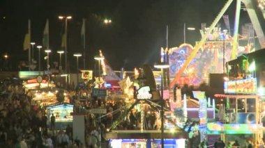 Oktoberfest night scenery — Stock Video