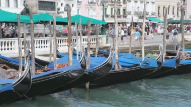 Scenery with Gondolas in Venice — Stock Video