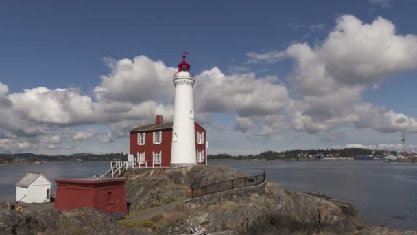 Fisgard lighthouse on Vancouver Island — Vídeo de stock