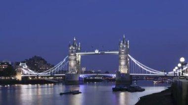 Tower Bridge, London, England — Stock Video