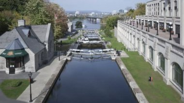 Rideau Canal with locks — Stock Video