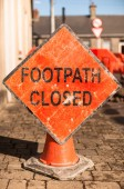 Footpath closed sign — Stock Photo