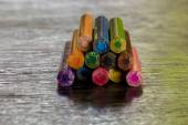 Sort crayons flooring surfaces, bright colors, red, yellow, blac — Photo