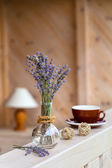 Beautiful lavender bunch in rustic home style setting — Stock Photo