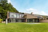 Beautiful villa, outdoor — Stock Photo