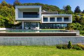 Luxury Villa with Pool — Stock Photo