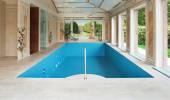 Indoor swimming pool — Fotografia Stock