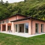 Nice villa, outdoors — Stock Photo #63380109