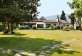 Extérieur villa blanche — Photo
