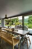 интерьер, современный дом, столовая — Стоковое фото