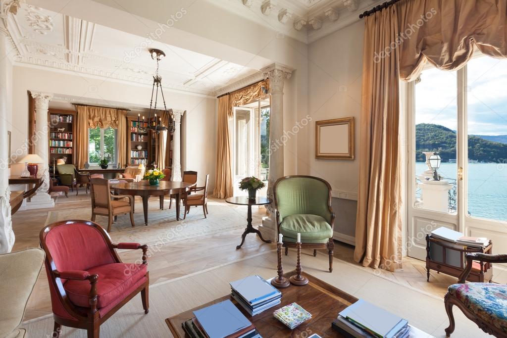 Interieur, luxe woonkamer — Stockfoto © Zveiger #89847544