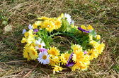 Wreath of beautiful summer flowers — ストック写真