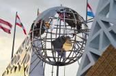 Globe sculpture in Sochi, Russian Federation — Stock Photo