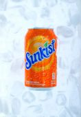 Cold refreshing drink — Stock Photo