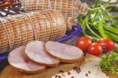 Sausage, food, meat, smoked, close-up, gourmet, delicatessen, bacon, table, garlic, eat, sirloin, products — Stock Photo