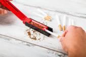 Making cigarette — Stock Photo