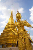 Golden statue at Wat Phra Keo The Grand Palace Bangkok Thailand — Stock Photo