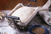 Hornear pan — Foto de Stock