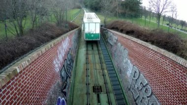 Funicular going uphill in Prague Czech Republic — Stock Video