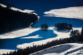 Large alpine lakes thaw — Stock Photo