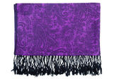 Paisley pattern cashmere scarf — Stock Photo