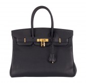 Natural leather female purse — Stock Photo
