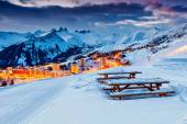 Beautiful sunset and ski resort in the French Alps,Europe — Stock Photo