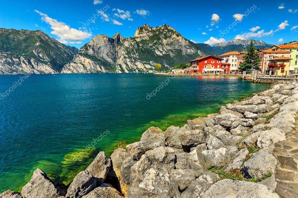 озеро гарда фото высокого разрешения